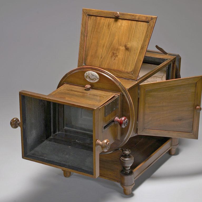 Mégalétoscope de Carlo Ponti, commercialisé par Carlo Naya, vers 1860