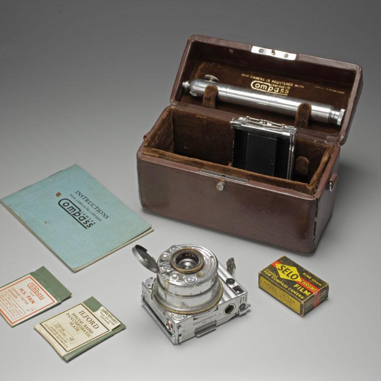 Le Compass, fabriqué par des horlogers